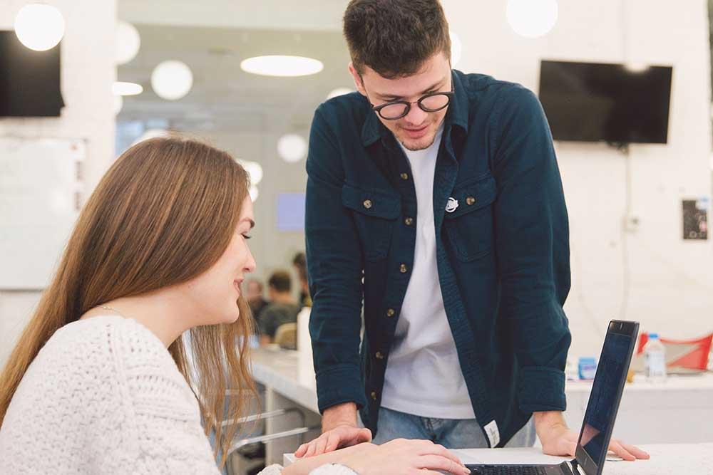 Kakvi su uslovi za rad u IT firmama u Novom Sadu